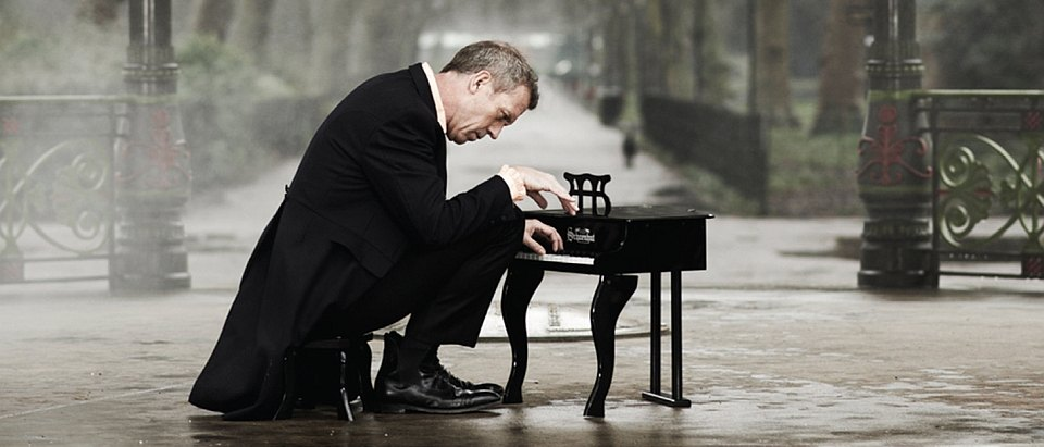 Hugh_Laurie_news