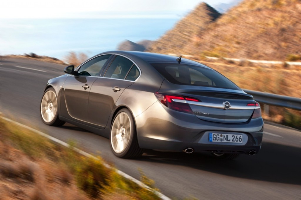 Opel-Insignia-286330-medium