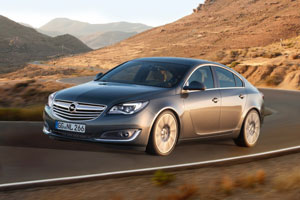 Opel-Insignia-286332-medium-av