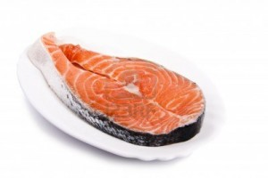 14777074-kawalek-swiezej-ryby-losos-norweski-czerwonym