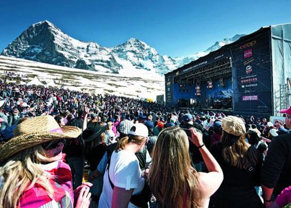 05_Jungfrau Region_Snowpenair Kleine Scheidegg_fot Jungfrau Region Marketing AG - Jungfrau Railways- sm