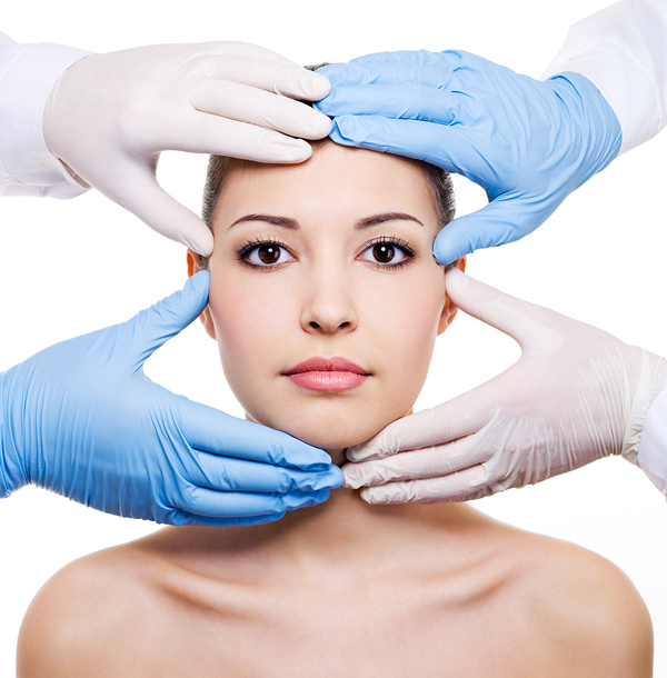 The-Risks-And-Rewards-of-Plastic-Surgery1