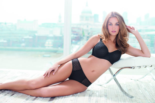 echo-lace-black-underwired-moulded-bra-2941-brief-2945-consumer