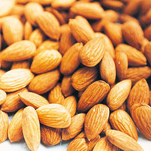 almond-oil-sweet1-2