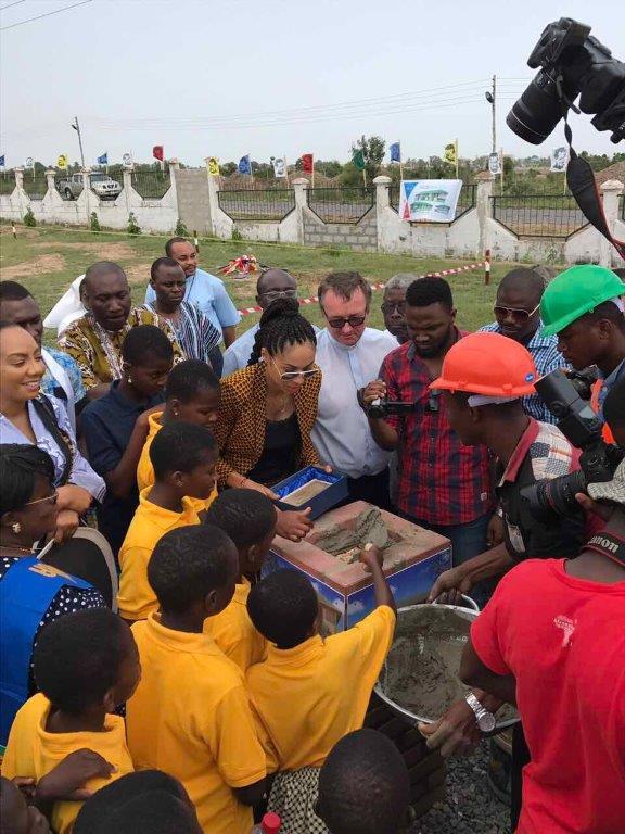 Omenaa rozpoczyna budowę szkoły wGhanie (16)