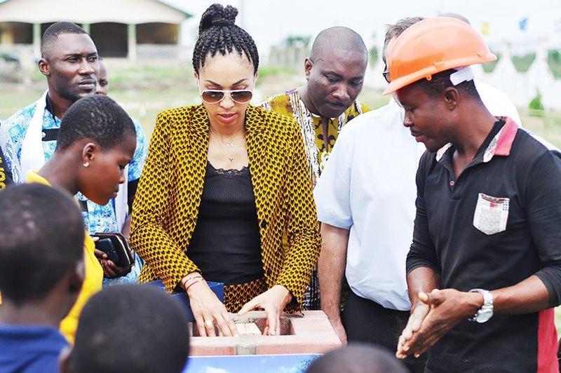 Omenaa rozpoczyna budowę szkoły wGhanie (6) (Copy)