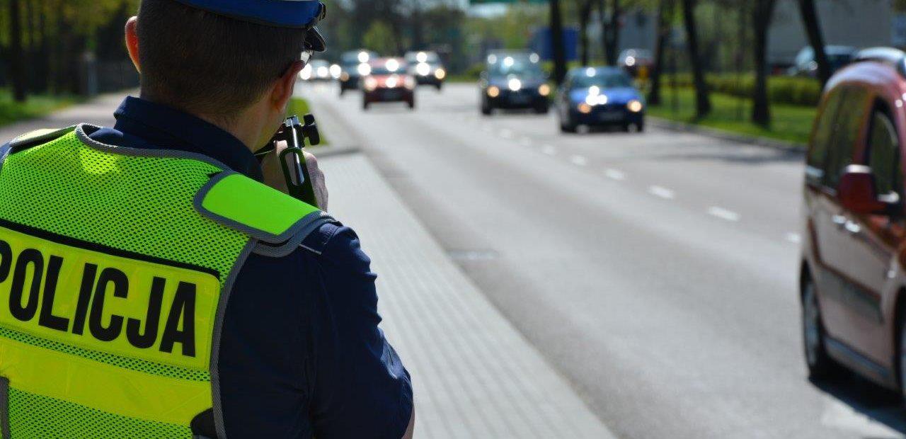 Pomiar_prędkosci_policja_-1280x620